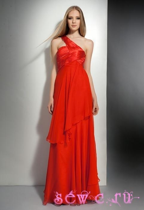 свадебное платье и красные розы