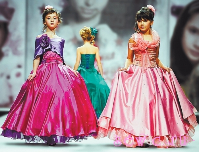 Магазин бальных платьев пятницкая