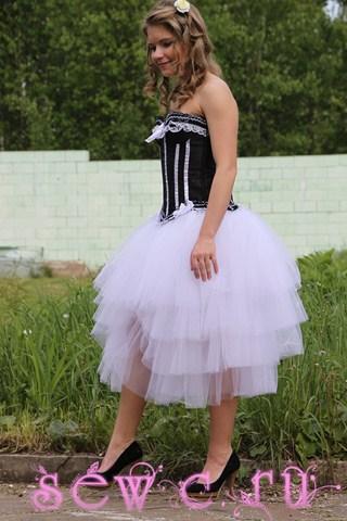 Пышная юбка пачка со шлейфом, 4 яруса, белая.