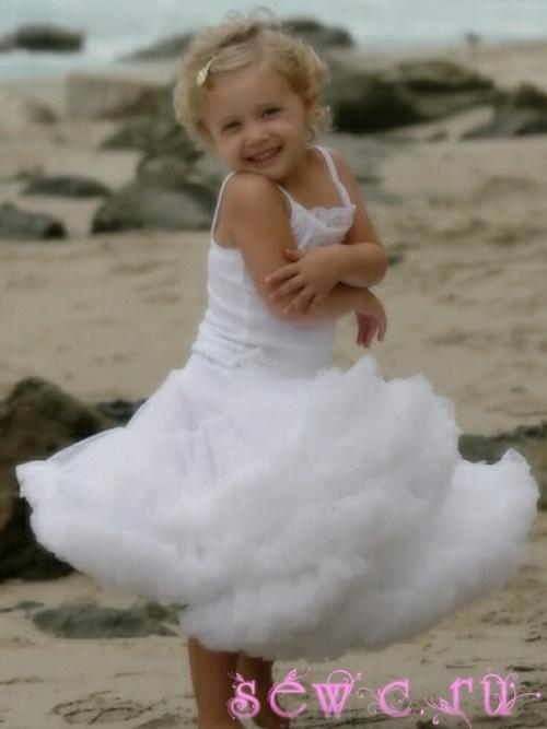 Платье из юбки американки